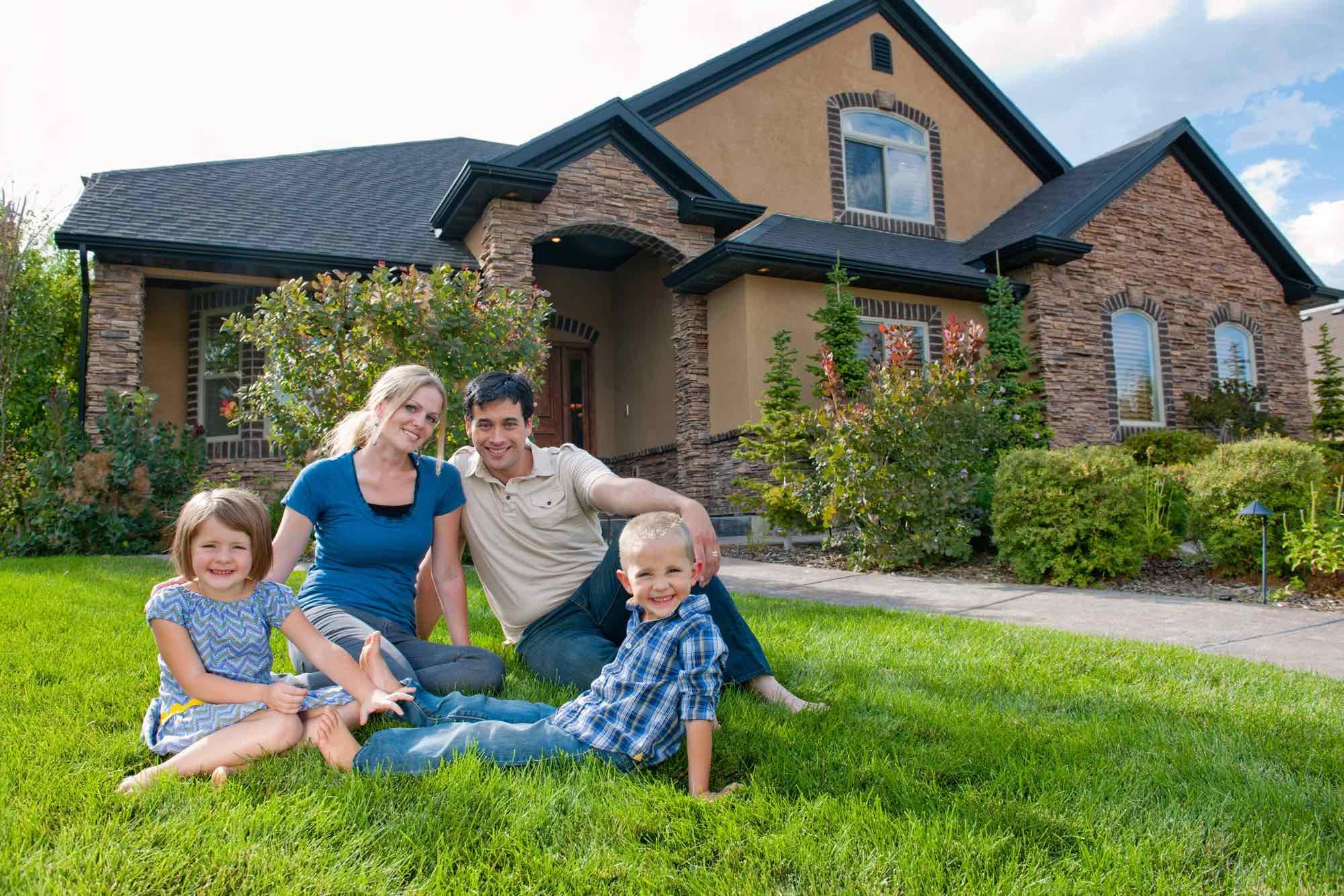 family-in-yard